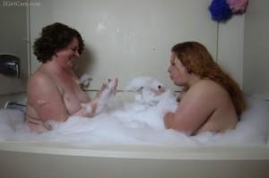 Bath Fun 1